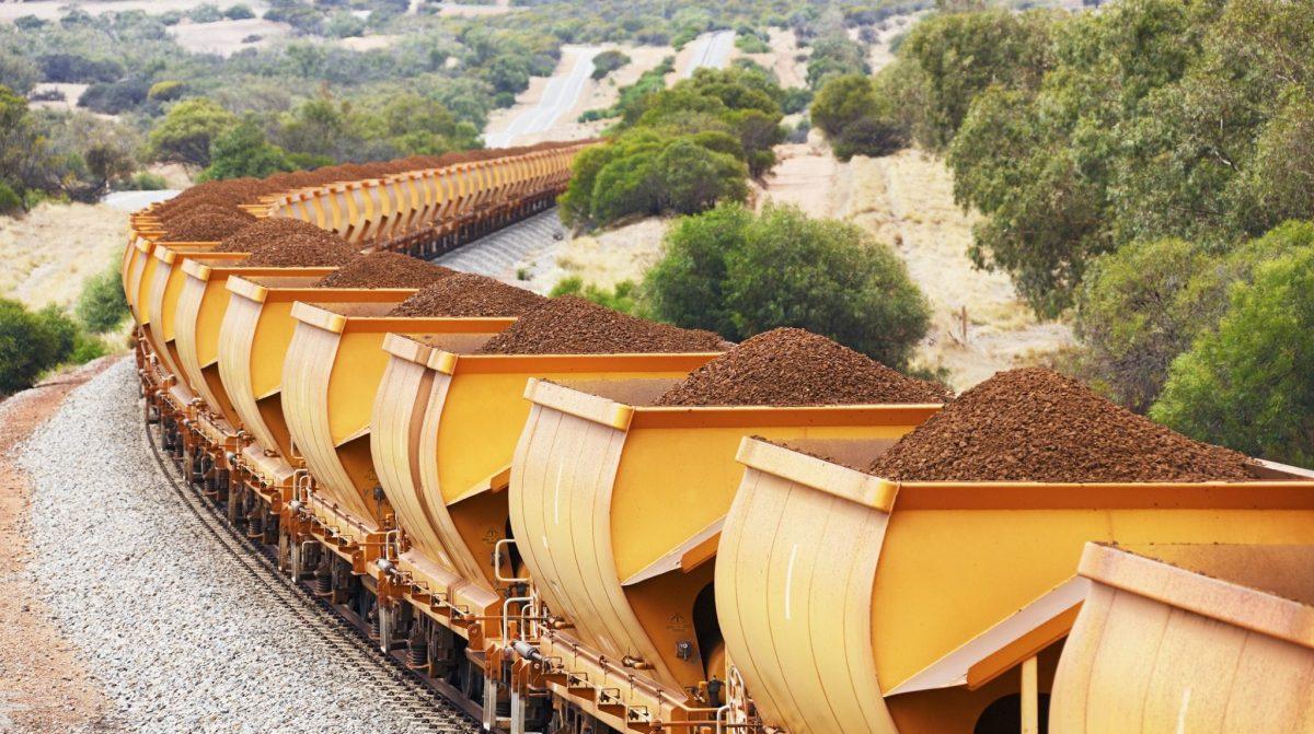 Overall Equipment Effectiveness Mining